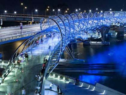 14 Of The Most Spectacular Bridges In The World