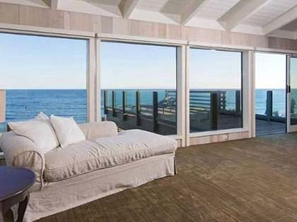 You Can't Imagine The Inside Of Leonardo Dicaprio's Malibu Beach House Like This