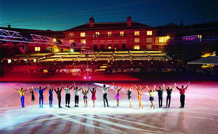 10-most-impressive-ice-skating-rinks-in-the-us_1