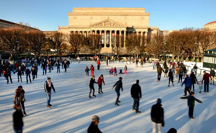 10-most-impressive-ice-skating-rinks-in-the-us_3