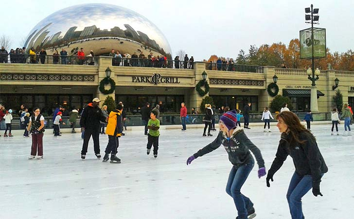 10-most-impressive-ice-skating-rinks-in-the-us_5