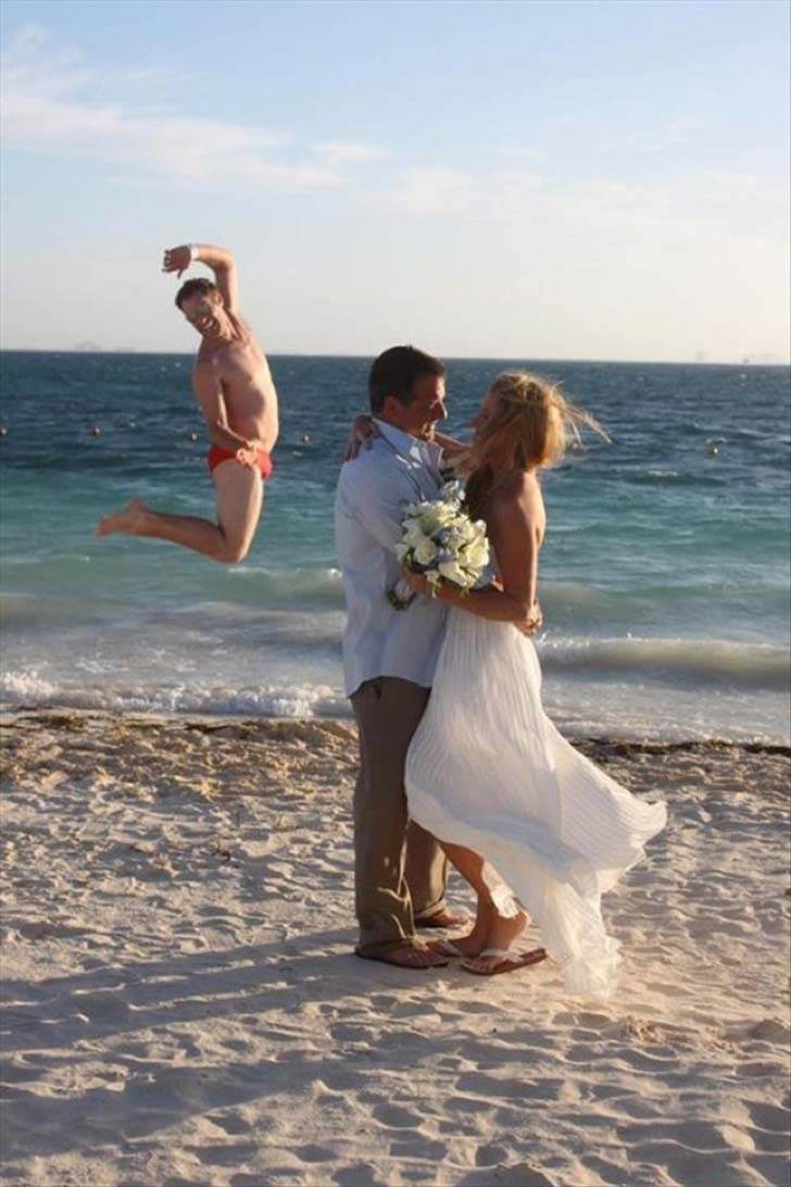 14-wedding-fails-are-so-weird-that-you-cant-help-laughing_12