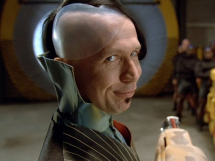 15-amazing-roles-that-prove-gary-oldman-is-a-chameleon_6
