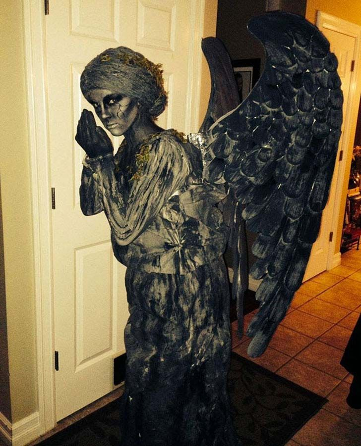 15-most-hilarious-yet-creative-halloween-costume-ideas-ever_7