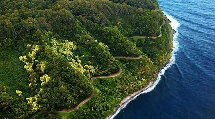 15-of-the-most-incredibly-beautiful-roads-in-the-world_3