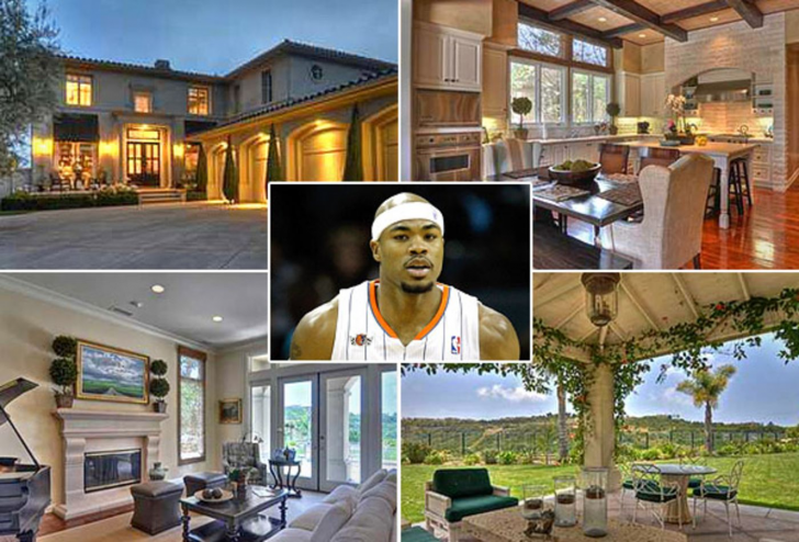 15 Top NBA Players And Their Luxurious Houses_48