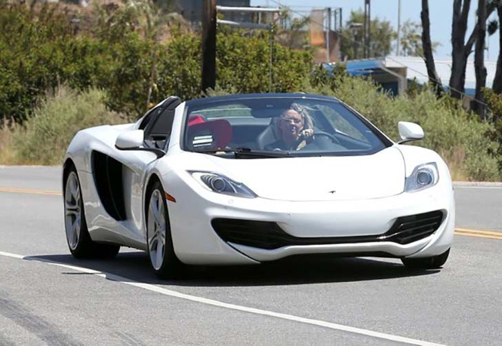 17-female-celebrities-who-drive-the-most-luxurious-cars-in-the-world_10