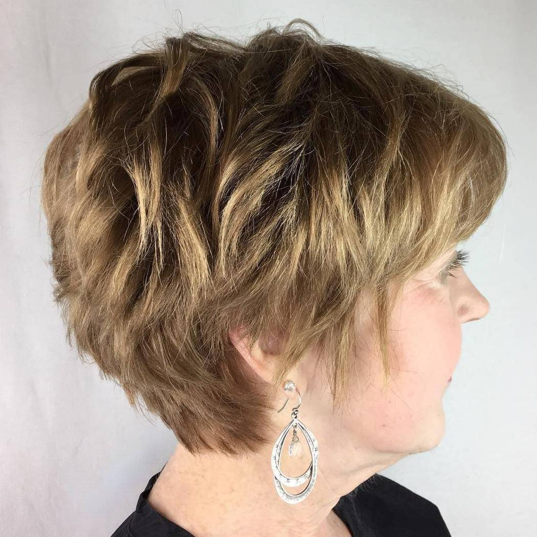 20 Best Short Hairstyles For Women Over 60_24