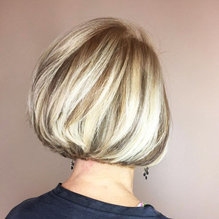 20 Best Short Hairstyles For Women Over 60_31