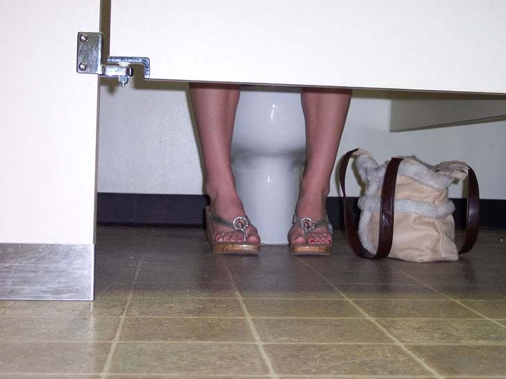 20-disgusting-things-every-women-does-in-secret_9