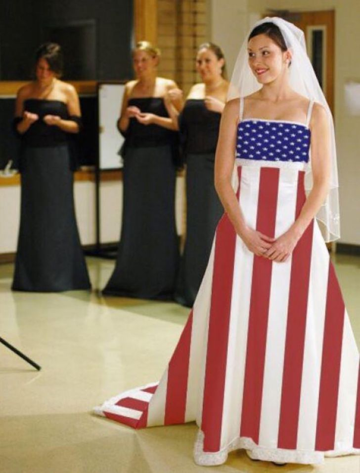 20 Most Creative Wedding Dresses You've Ever Seen_1