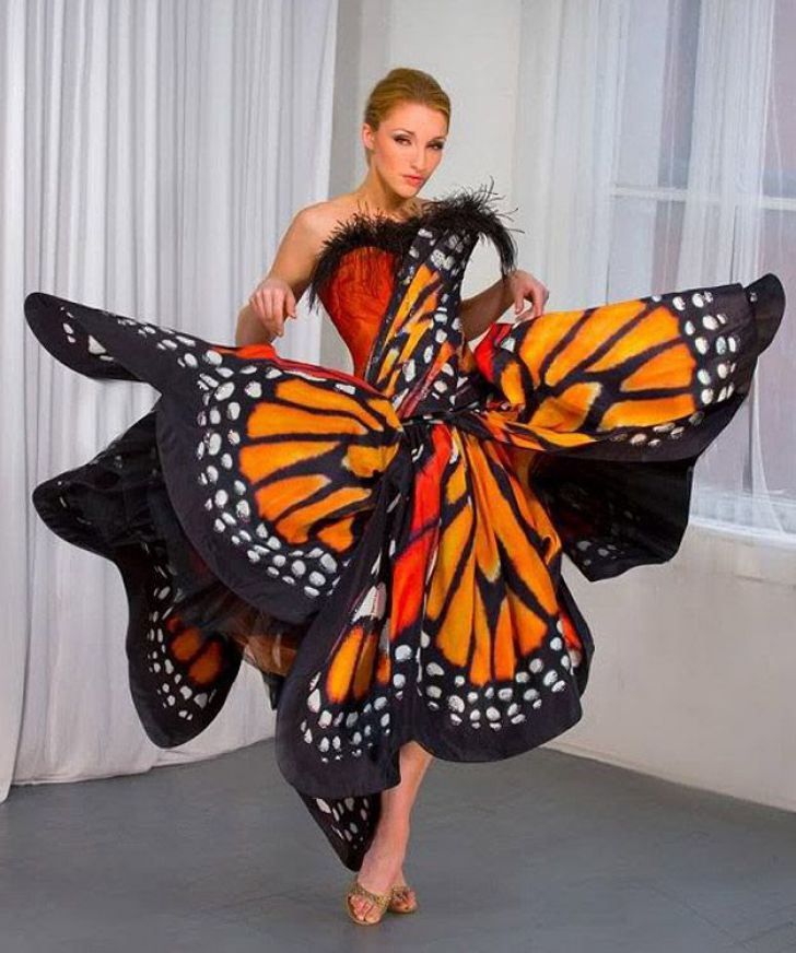 20 Most Creative Wedding Dresses You've Ever Seen_15