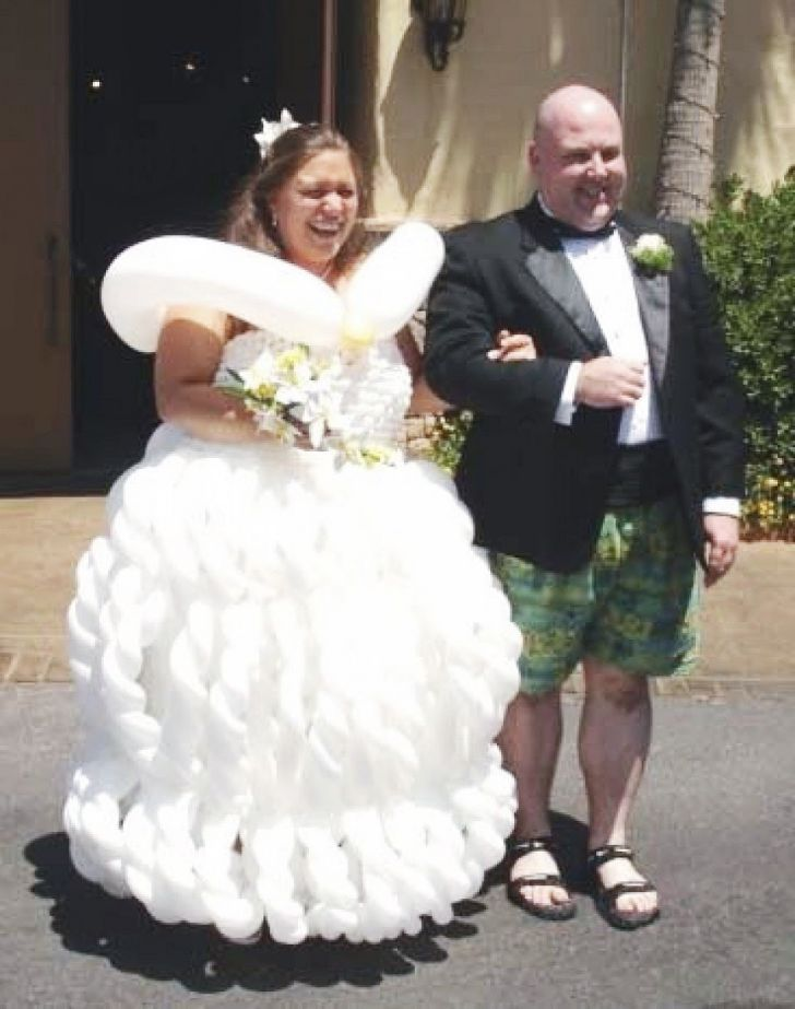 20 Most Creative Wedding Dresses You've Ever Seen_20