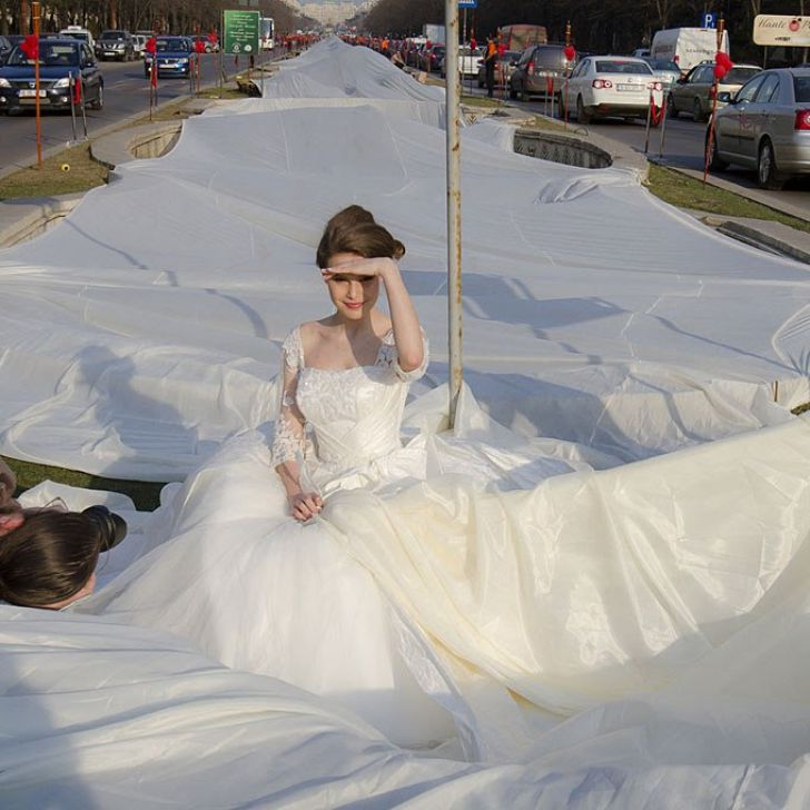 20 Most Creative Wedding Dresses You've Ever Seen_3