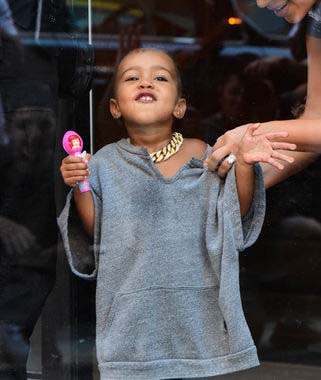 20-times-north-west-was-clearly-the-boss-of-kim-and-kanye_8