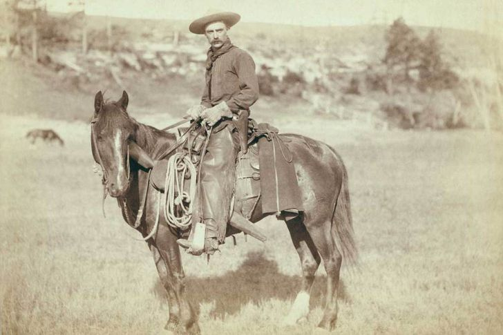20 Unedited Photos Unfold A Real Wild West_16
