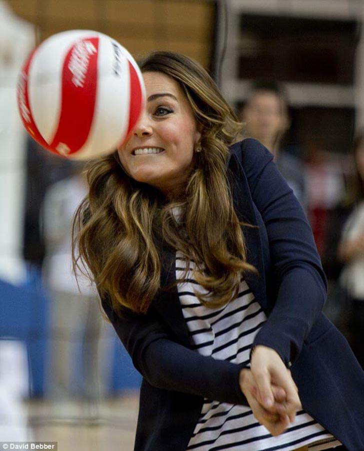 20-uplifting-photos-of-kate-middleton_1