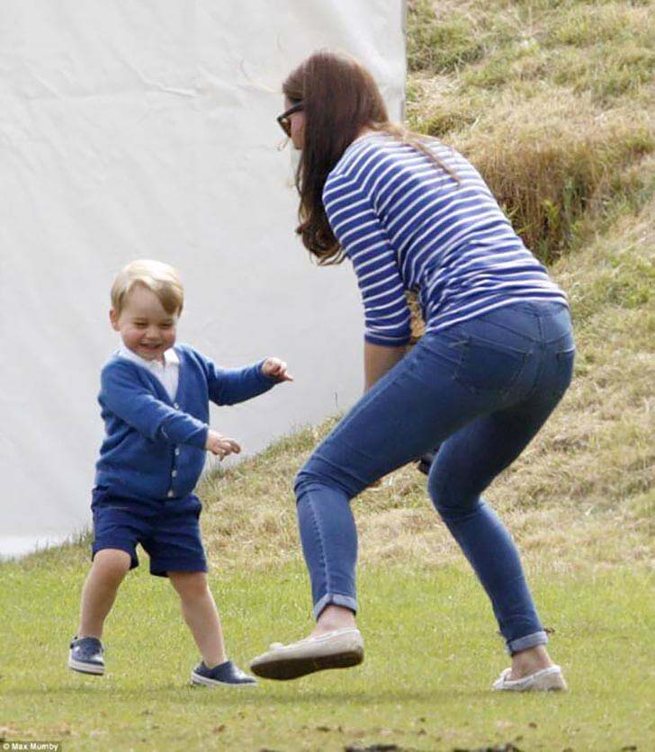 20-uplifting-photos-of-kate-middleton_2