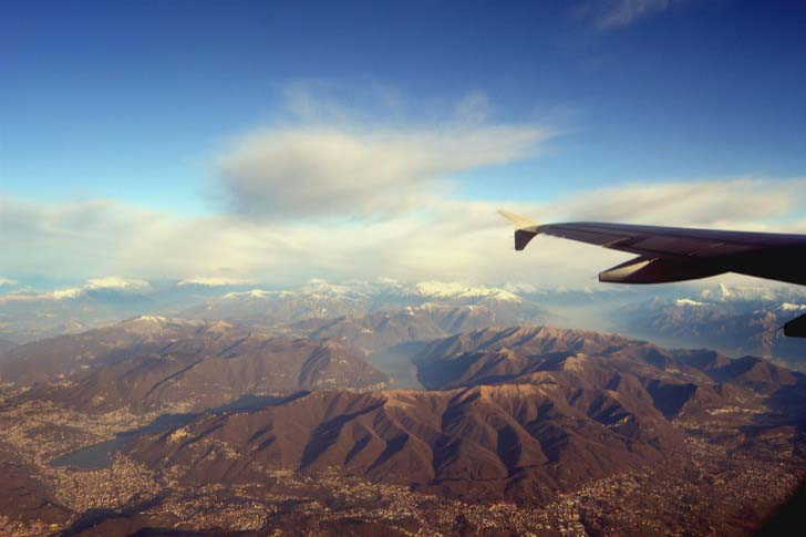 21-fantastic-pics-taken-from-an-airplane-window_1