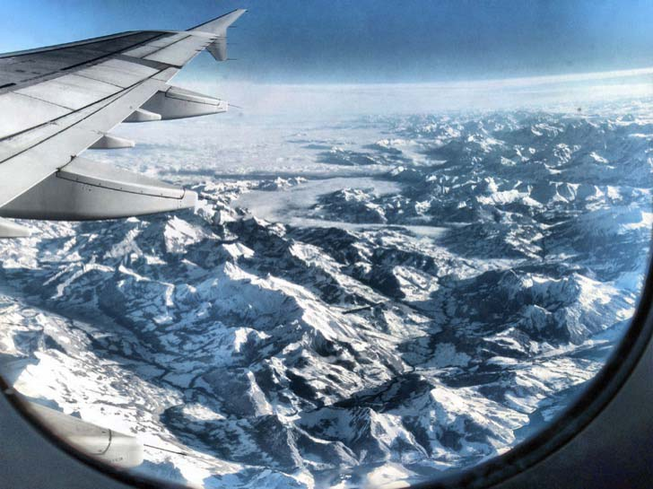 21-fantastic-pics-taken-from-an-airplane-window_12