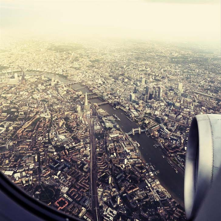21-fantastic-pics-taken-from-an-airplane-window_4