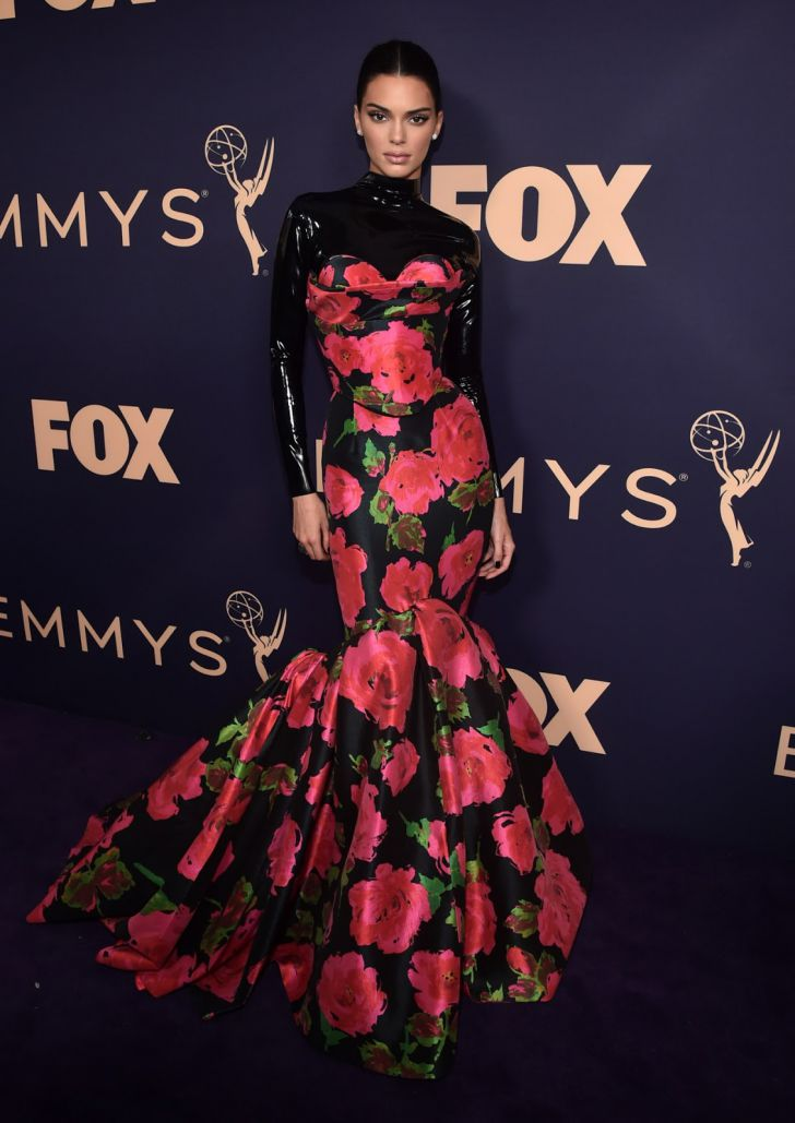 22 Best Dressed Celebrities At The 2019 Emmys_17