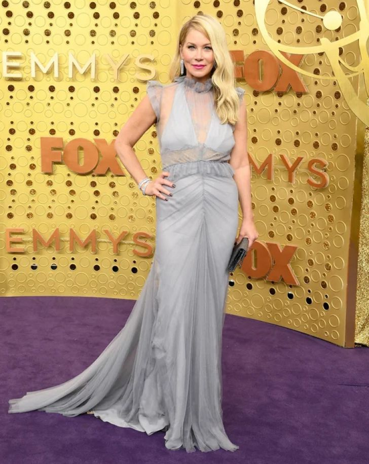 22 Best Dressed Celebrities At The 2019 Emmys_18