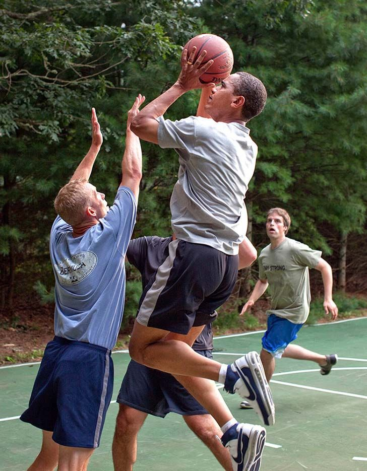 25-photos-that-show-that-barack-obama-is-the-coolest-president-ever_24