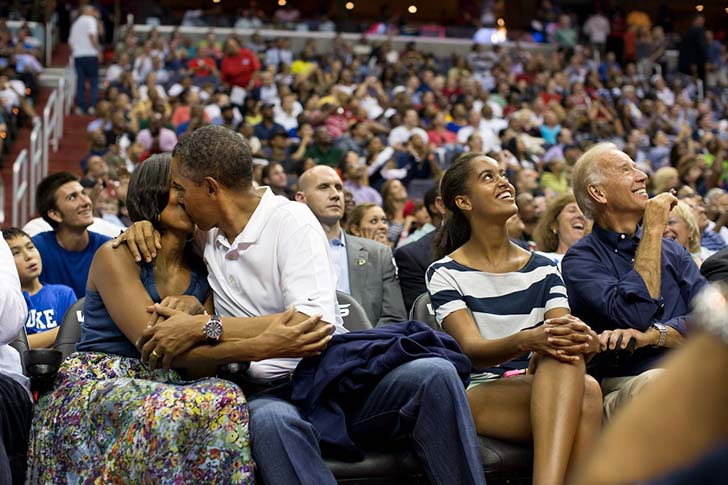 25-photos-that-show-that-barack-obama-is-the-coolest-president-ever_4