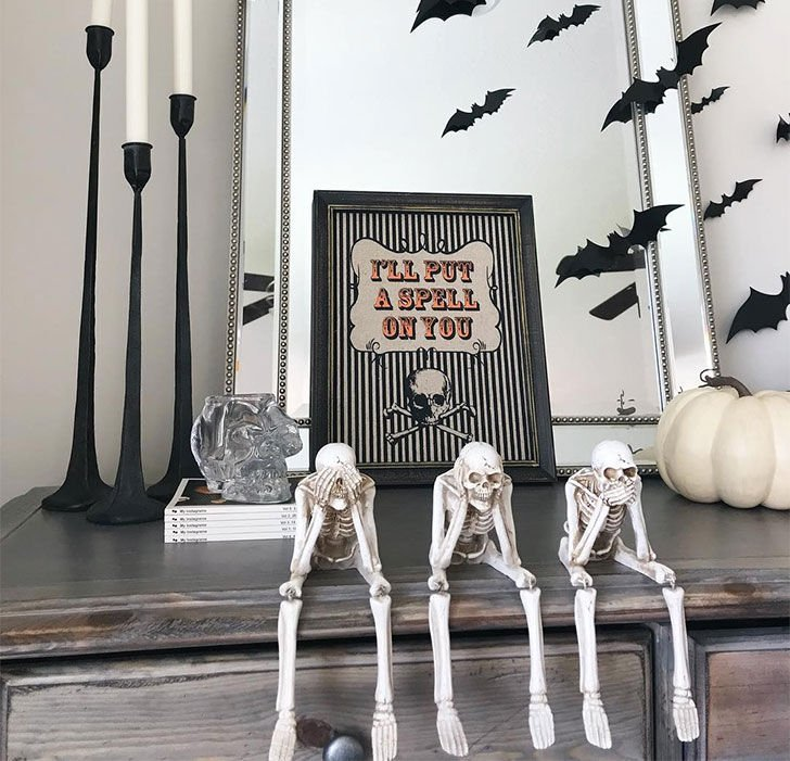 30-creative-and-interesting-halloween-diy-decorating-ideas_24