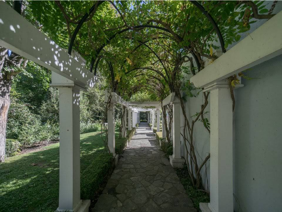 a-look-inside-serena-williams-12-million-bel-air-mansion_18