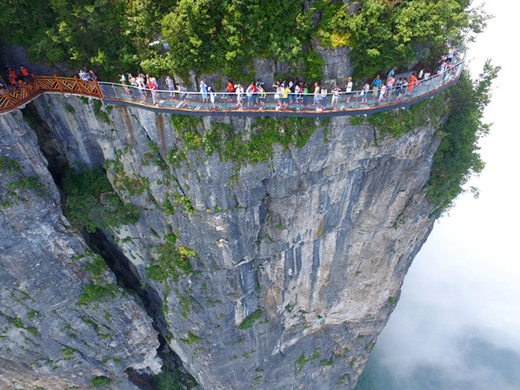 cross-if-you-dare-15-of-the-scariest-bridges-in-the-world_7