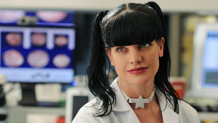 female-stars-of-ncis-in-real-life-–-then-and-now_9