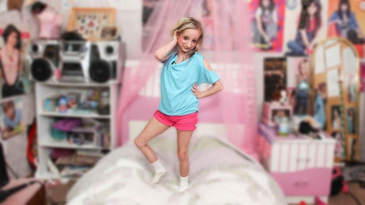 girl-with-dwarfism-inspires-people-around-the-world_14