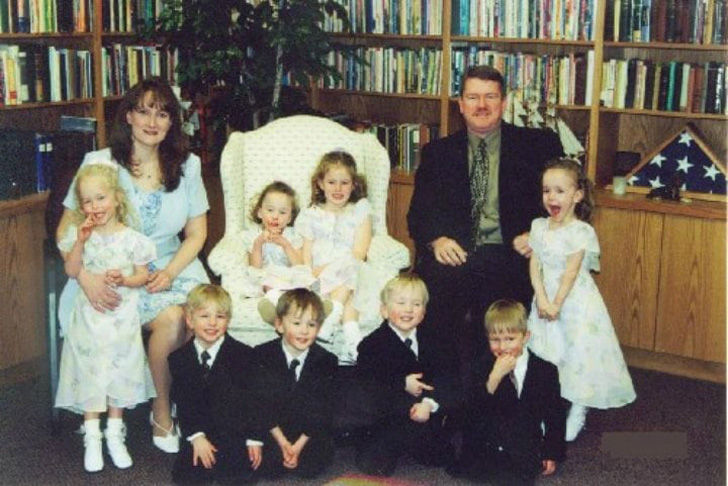 no-one-expected-what-would-become-of-the-worlds-first-surviving-septuplets_23