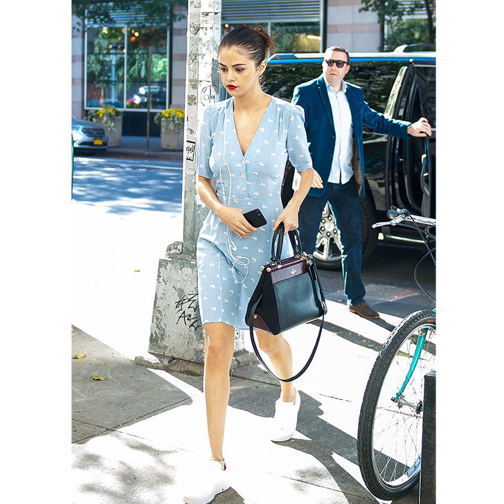 selena-gomez-style-evolution-from-disney-star-to-fashion-queen_29