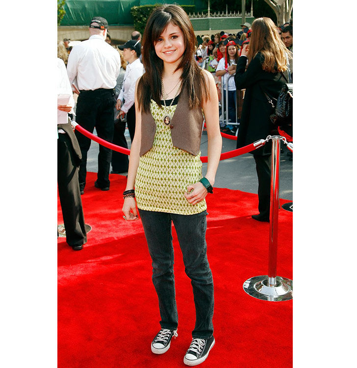 selena-gomez-style-evolution-from-disney-star-to-fashion-queen_3