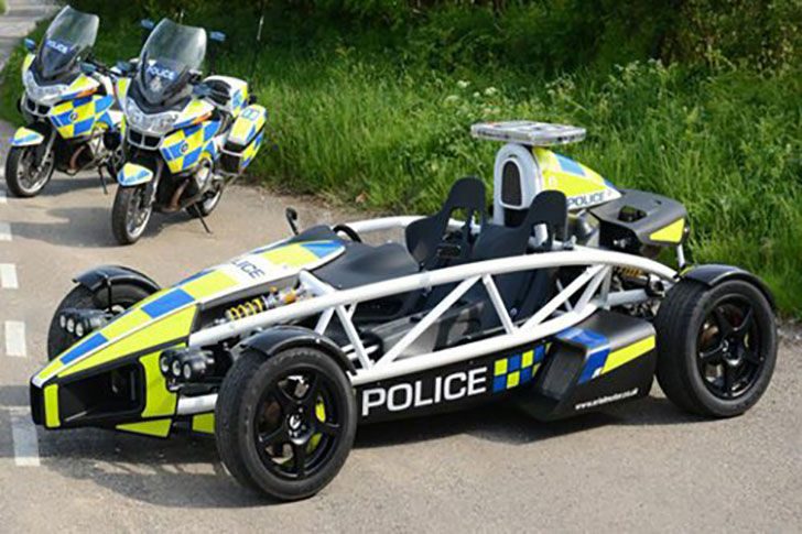 top-10-best-police-cars-in-the-world_10