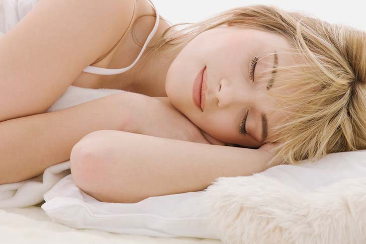 women-need-more-sleep-than-men-according-to-new-research_5