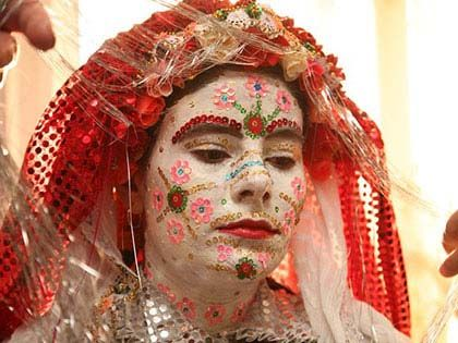 20 Amazing Traditional Wedding Dresses From Around The World