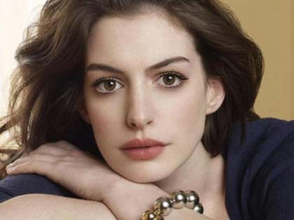Why You Love To Hate Anne Hathaway