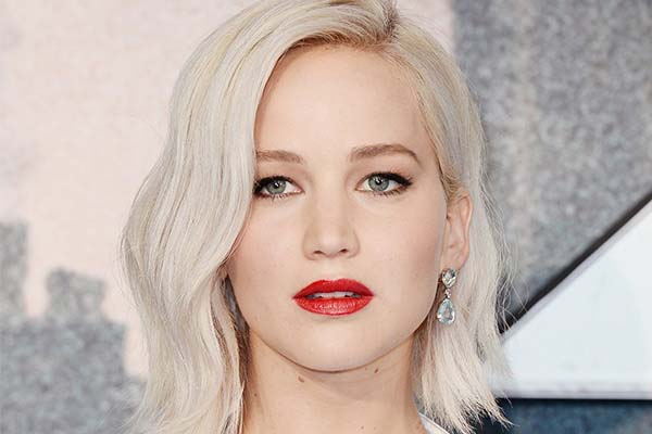 14 Impressing Ways Jennifer Lawrence Has Been Photoshopped